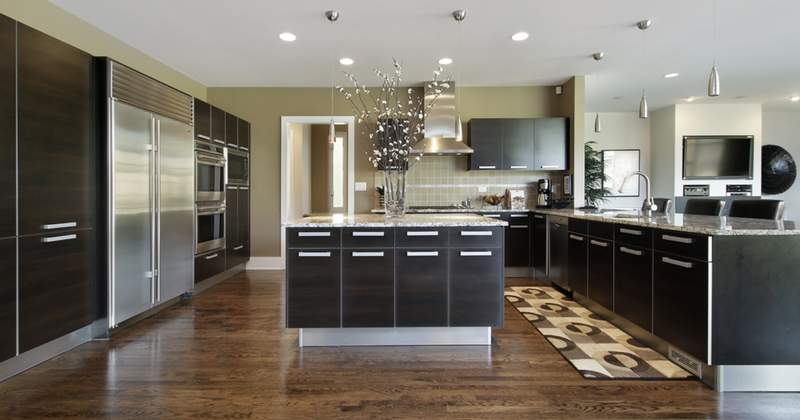 Photo of a large, modern kitchen